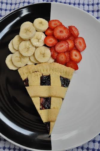 crostata senza glutine con frutta e marmellata
