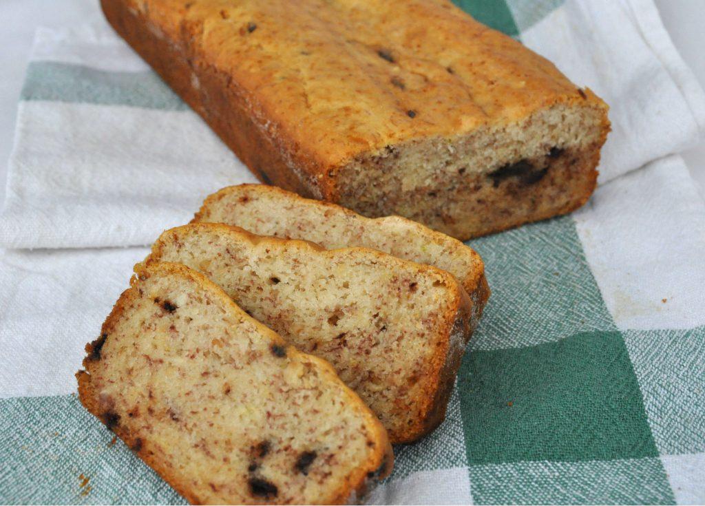 plumcake senza glutine vegan alla banana e cioccolato