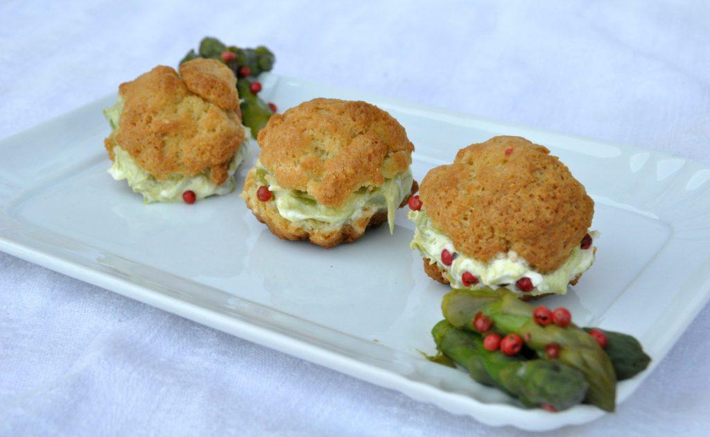 bignè salati senza glutine con crema di asparagi